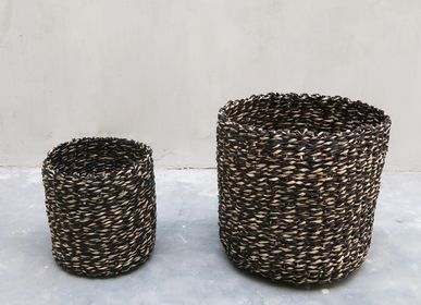 Decorative objects - Traditional Wicker Basket - NYAMAN GALLERY BALI