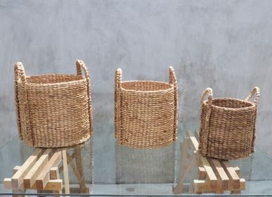 Decorative objects - Solid Dried Hyacinth Wicker Laundry Basket - Set of 3 - NYAMAN GALLERY BALI