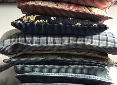 Linens - Des coussins assortis aux sapins de noël  - ROSE VELOURS