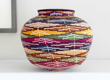 Decorative objects - Layered Coloful Leaves Wounaan Basket - RAINFOREST BASKETS