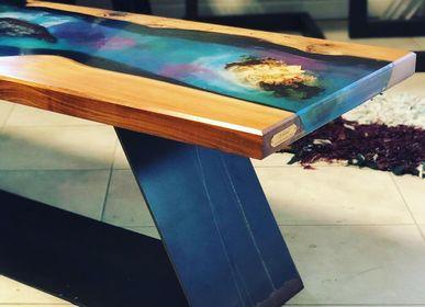 """Tables basses - Table Inspirée de la rivière colombienne """"caño cristales"""" - JIMMY ARTWOOD"""