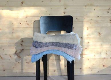 Throw blankets - Hellä plant dyed Finnish lamb wool blanket - BONDEN