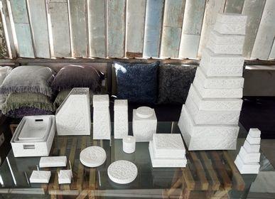Coffret / boite - Sokasi en métal orné - NYAMAN GALLERY BALI
