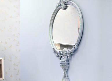 Miroirs - Blue Magical Mirror with a TV - CIRCU