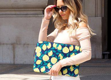 "Travel accessories / suitcase - Laptop sleeve Macbook 13"": Midnight Lemons - CASYX"
