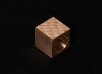 Decorative objects - The Madison Napkin Holder - TACHI