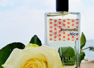 Fragrance for women & men - Romantic Nice - pink and citrus eau de toilette - RIVAE