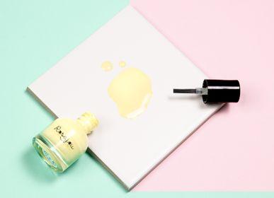 "Children's fashion - Water-coated nail polish ""Caprice"" - ROSAJOU"