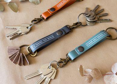 Petite maroquinerie - Porte-clés - Porte-clés 100% cuir recyclé - MISS WOOD