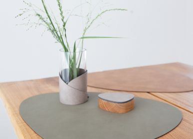 Objets design - TABLE, réversible - LIND DNA