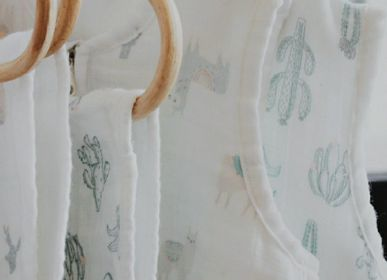 Meals - PACK OF TWO LLAMA MOTIF MUSLIN BIBS - PETIT ALO
