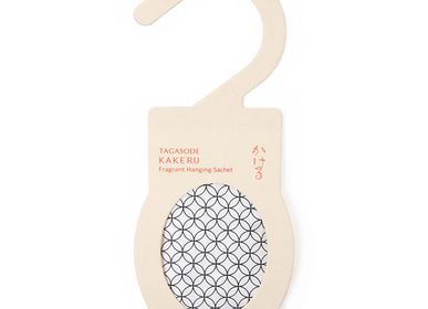 Christmas decoration - Fragrant Hanging Sachet TAGASODE KAKERU - SHOYEIDO INCENSE CO.