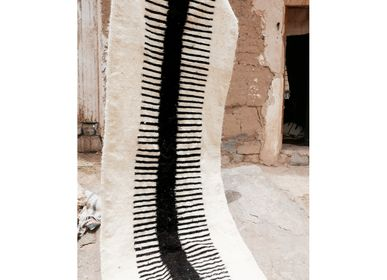 Autres tapis - Moroccan Kilim Rug - Minimal Runner - TASHKA RUGS