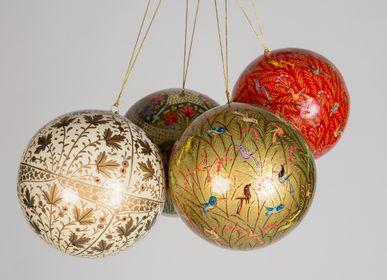 Guirlandes et boules de Noël - DÉCORATION DE NOËL EN PAPIER MÂCHÉ - FAIT À LA MAIN AVEC AMOUR ET SOIN - PECHAAN