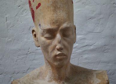 Sculpture - Les Mains Rouges - FRENCH ARTS FACTORY