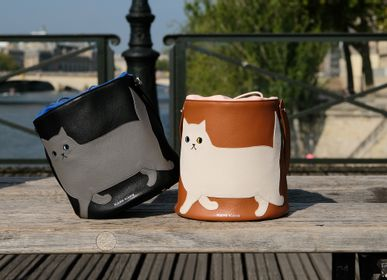 Bags and totes - Leather Bag Walking Cat  - KEORA KEORA TOKYO