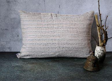 Cushions - Linen Cushion Cover - Trait d'Union - 60x40 cm - CONSTELLE HOME