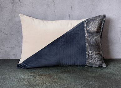 Fabric cushions - Velvet Cushion Cover - Colorblock - 40x60 cm - CONSTELLE HOME