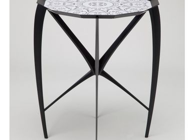 Art hardware - Tray Table SO+01-BK - KANAYA