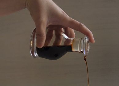 Hotel bedrooms - The first ground glass soy sauce bottle - HIROTA GLASS MFG. CO., LTD.