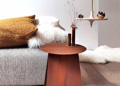 Objets design - Table d'appoint ronde symétrique YOUMY - acier corten - MADEMOISELLE JO