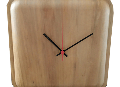 Horloges - Grande Horloge carrée  ( diametre 25cm) en feuilles de Palmiers - ARECABIO