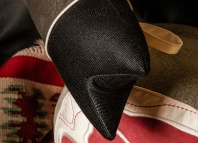 Fabric cushions - Pata Negra Bolster Cushion - AUFSCHNITT