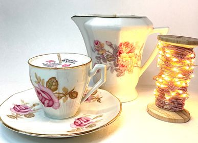 Decorative objects - FINE PORCELAIN CANDLES WITH DELICATES PATTERNS. ASSORTED COLLECTIONS - LES CHARITY BOUGIES DE NY