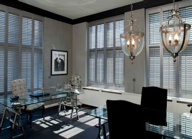 Curtains and window coverings - JASNO SHUTTERS - interior shutter with adjustable shutters in office and workspace - JASNO