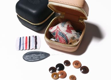 Stationery - zip leather box XS - THE SUPERIOR LABOR