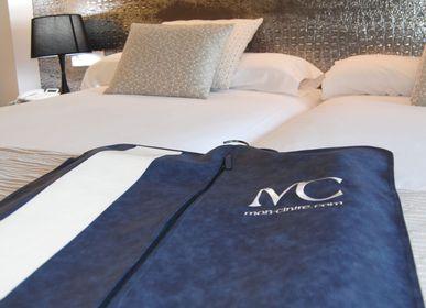 Accessoire de voyage / valise - Housse de voyage pour vêtement - Cuir, cuir PU ou Alcantara - MON CINTRE