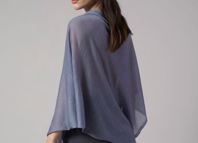Scarves - LIGHTWEIGHT CASHMERE SQUARE PONCHO PLAIN - MIRROR IN THE SKY