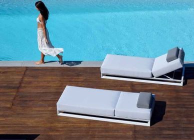 Chairs for hospitalities & contracts - NUBES / Single Sunlounger - 10DEKA OUTDOOR FURNITURE