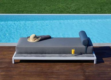 Lawn sofas   - VICTUS - Sofa bed - 10DEKA OUTDOOR FURNITURE