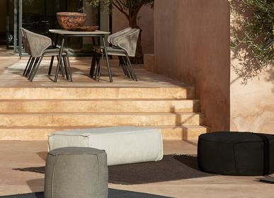 Decorative accessories - Outdoor pouf ottoman Touch - MANUTTI