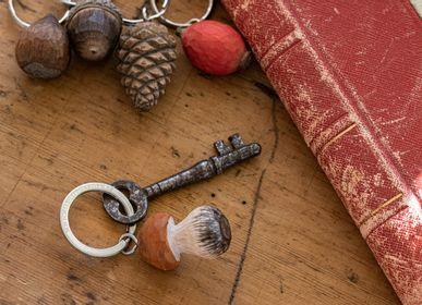 Objets de décoration - Porte-clés Sculptés à la Main - WILDLIFE GARDEN