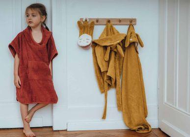Children's bathtime - Bathrobe, Poncho and Baby and Child Bath Cape in Organic Cotton - KIKADU