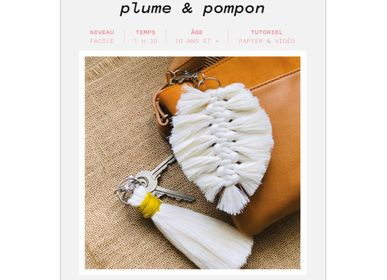 Gifts - DIY Keyring Kit - Feather & Pompom - FRENCH KITS