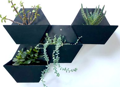 Floral decoration - Hexagonal Natural Slate Wall Planter - LE TRÈFLE BLEU