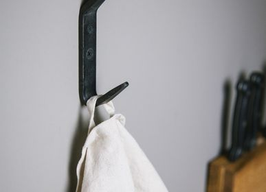 Wardrobe - Iron hooks - BRÛT HOMEWARE