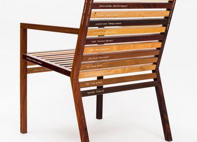 Objets design - Chaise Um pé de quê? - ÁLVARO WOLMER