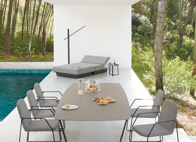 Dining Tables - Garden table Air, 6+2 persons - MANUTTI
