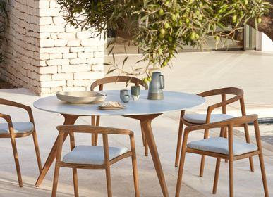 Dining Tables - Round outdoor dining table, Torsa, 8 persons - MANUTTI
