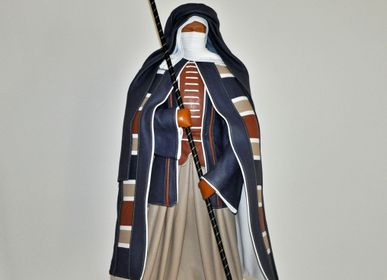 Sculptures, statuettes and miniatures - Leather sculpture, large standing Tuareg - ANNIE DELEMARLE