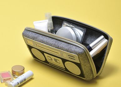 Clutches - Pouch L (boom box) - PUPU FELT
