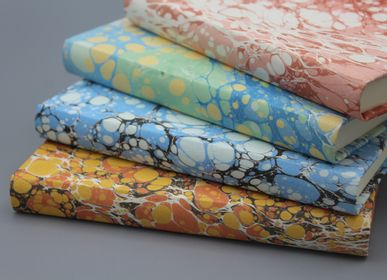 Stationery - SQUARE NOTEBOOK BOUND WITH MARBLED PAPER - LEGATORIA LA CARTA