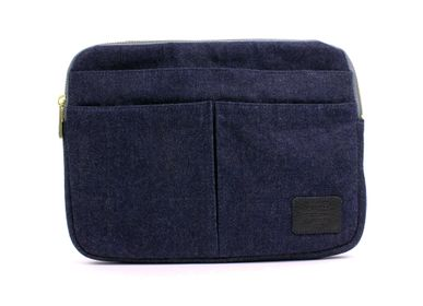 Clutches - TABLET SLEEVE BAG - DIARGE