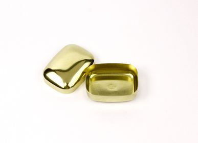 Caskets and boxes - BRASS PILL CASE - DIARGE