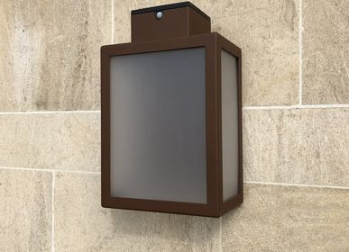 Outdoor wall lamps - solar wall lamp APS 030 - LYX LUMINAIRES