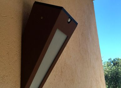 Outdoor wall lamps - solar wall lamp APS 020 - LYX LUMINAIRES